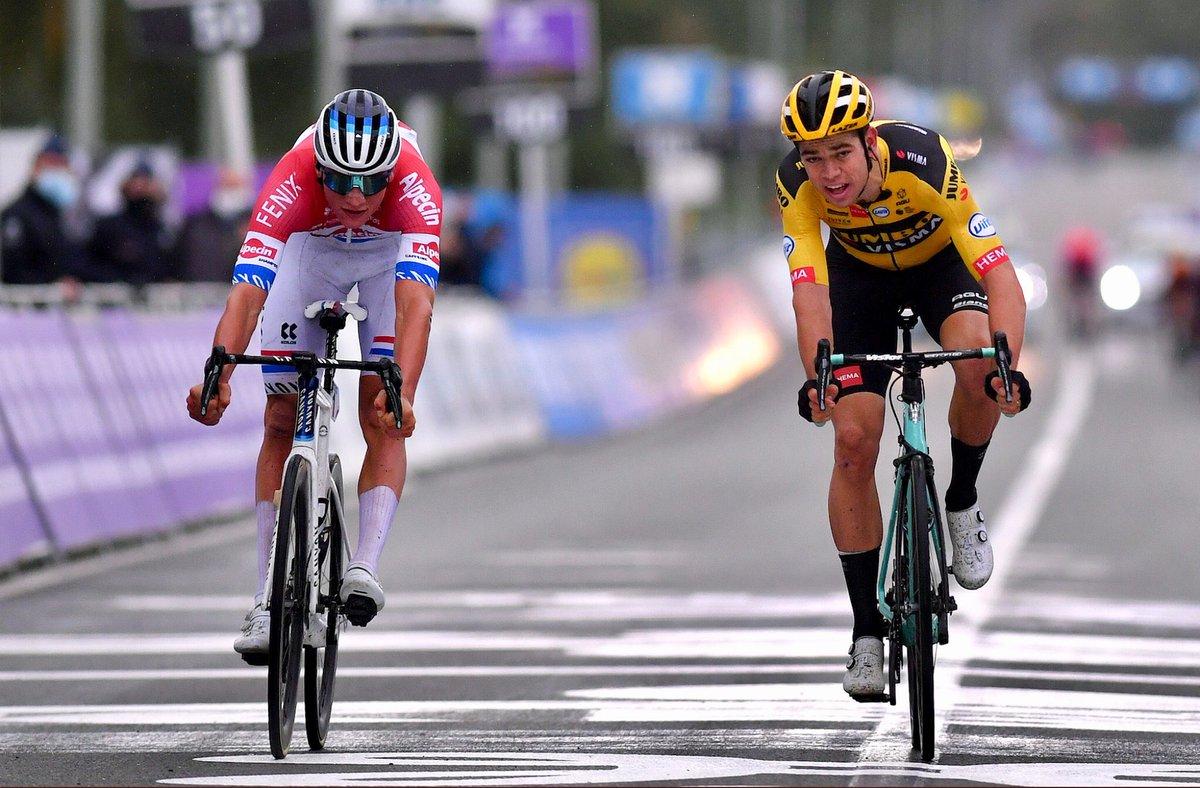Giro delle Fiandre - Tour of Flanders  🥇1 🇳🇱 M. Van Der Poel 🥈2 🇧🇪 W.Van Aert 🥉3 🇩🇰 A.Kristoff  #RVV20 #ciclismo #cycling #Fiandre https://t.co/uDNU9KT4yF