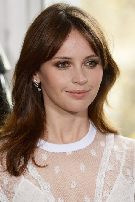 Forgot to post this yesterday but   Happy Birthday to the lovely Felicity Jones