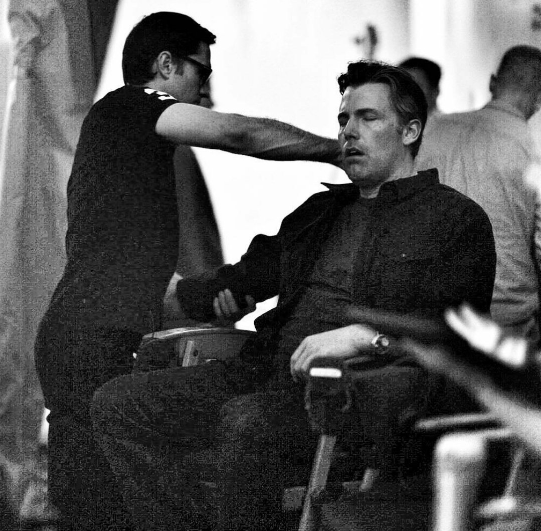 Ben Affleck as Bruce Wayne during a massage in #JusticeLeague https://t.co/dY9x45pAzg