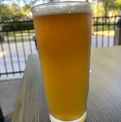 Here's to warm days and cold beers 🍻 ... #ParkSquareSocial #Fishhawk #Lithia #FLEats #FloridaEats #FloridaFoodie 📷: Brenda S - Untappd https://t.co/DyqTh9Mde9