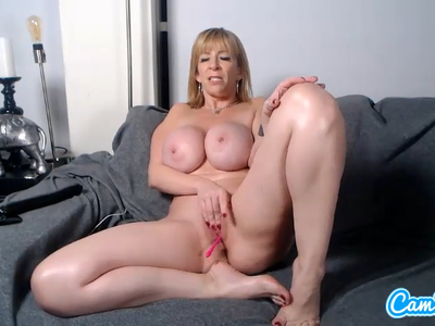 Sold my media, Oiled up tits and ready to cum! on https://t.co/DzlML9YtFr https://t.co/d1p1cwNJlQ