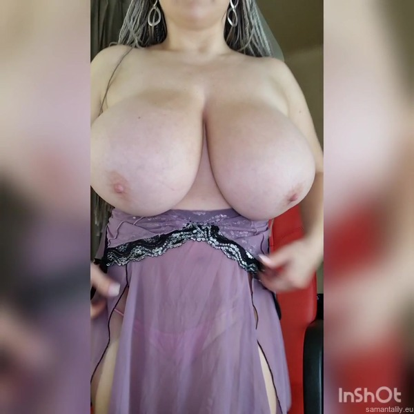 My new video is really hot! Check it out!  https://t.co/YKF1PrNKQY https://t.co/0qdBbZvxfe