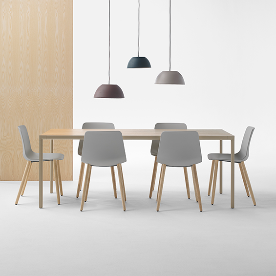 Varya is a four-leg side chair with polypropylene seat and back, on a solid oak base. It is a suitable option for a wide range of contexts. Click below.  https://t.co/4JiDcwcOqt?