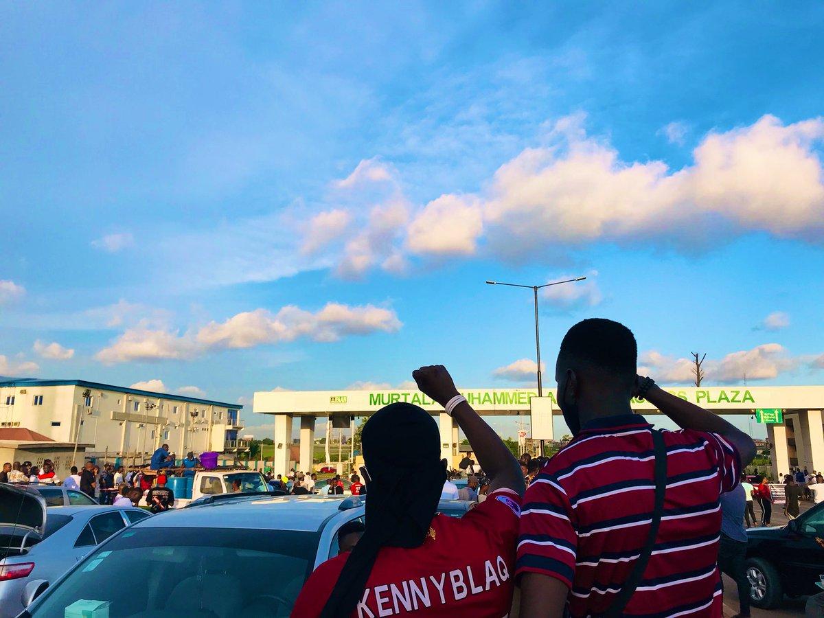 If you stay on the mainland you need to join us at the Murtala Muhammad Airport Toll Gate 8am tomorrow  Oshodi, mafoluku, ejigbo, Jakande estate, ilupeju, ikotun, igando, isheri, idimu, Isolo,etc #ShutdownMMIALag #AirportProtest #EndSars #EndBadGovenance #EndPoliceBrutality