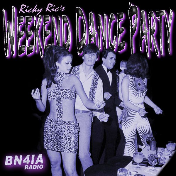 Cheers #London❗The Sunday Edition of #WDP440 is #NowPlaying❗ on @BN4IA #radio #London #UK TUNE IN NOW❗ 🔊 ☞ https://t.co/hq2LYPd4UJ ☜ https://t.co/24bj4Yutr5