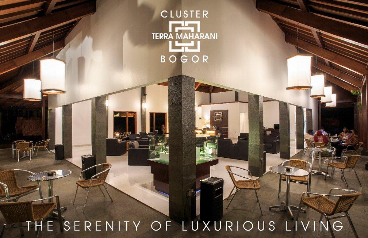 Kami ciptakan gedung serbaguna untuk memudahkan anda berinteraksi dengan nyaman.  Terra Maharani  The Serenity of Luxurious Living  +62-87778887776  #rumah #rumahdijual #rumahminimalis #bogor #cluster #rumah123 #visitbogor #kotabogor #terramaharani #clusterbogor #rumahcom https://t.co/1AjLWQJamD