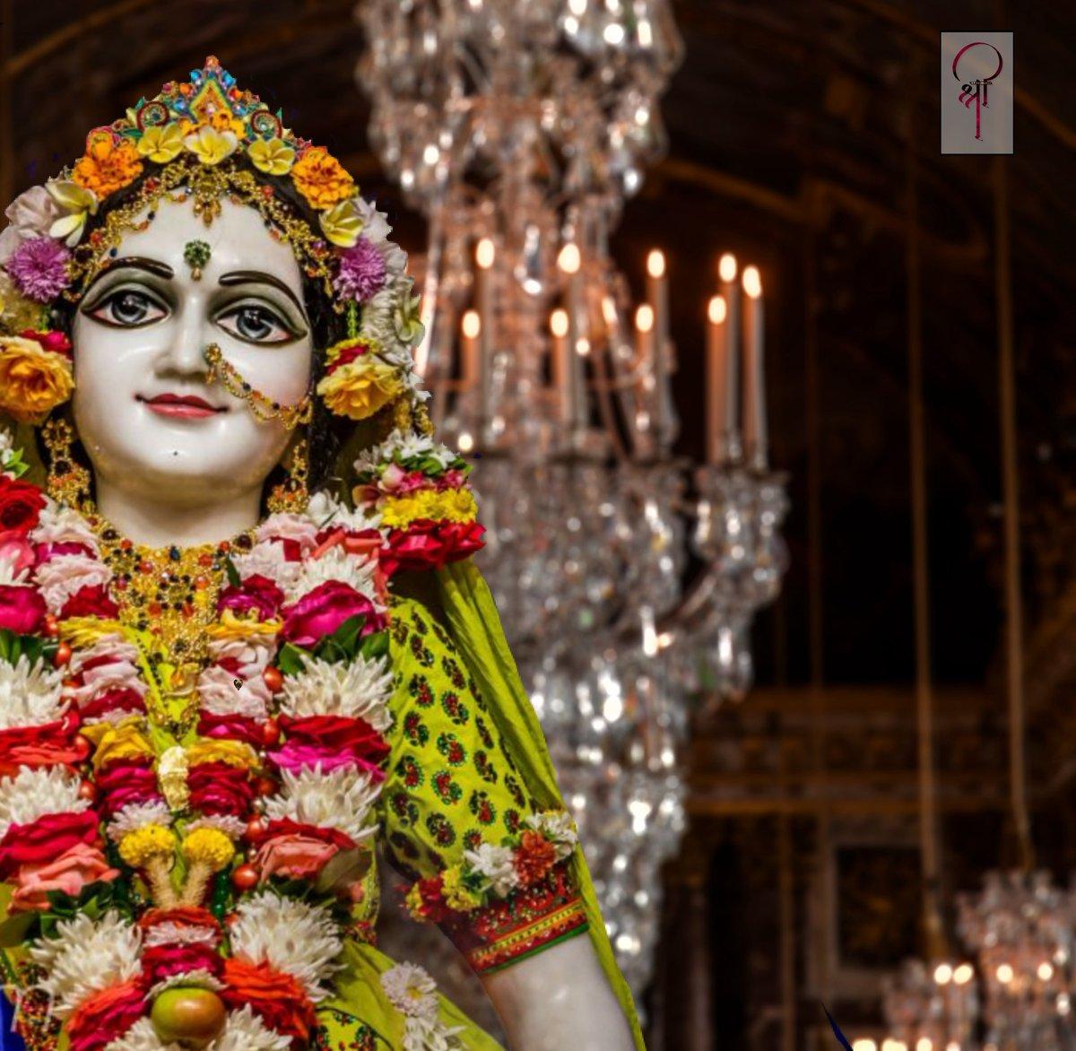 Shri ji... #shri #ganesh #om #radha #radhekrishna #radhakrishn #radhey #radhekrishnaworld  #krishna #radha  #india #darshan #hindudharma #today  #19october #2020 https://t.co/oxbj6llsjK
