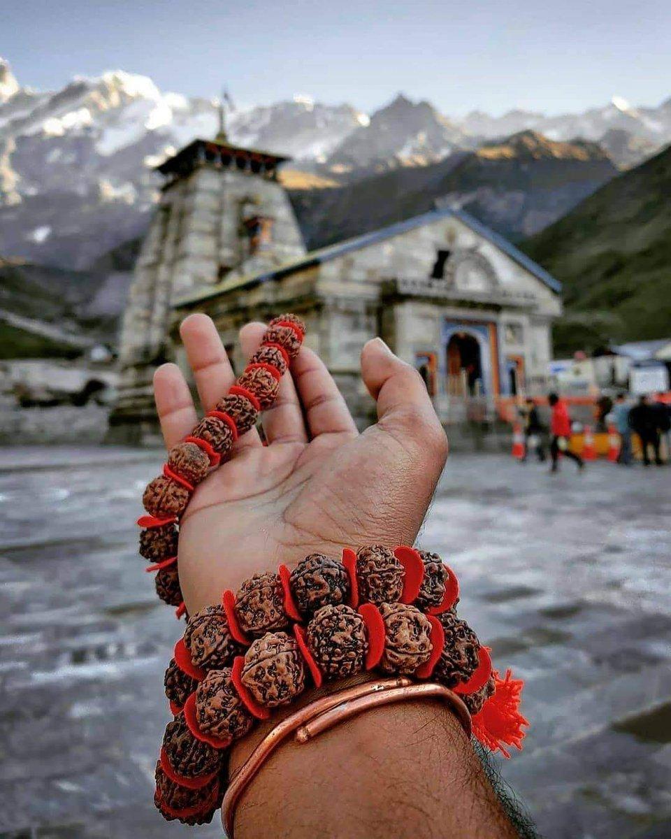 #हर_हर_महादेव   #Kedarnath_Temple #Uttarakhand https://t.co/jgKydxwt04