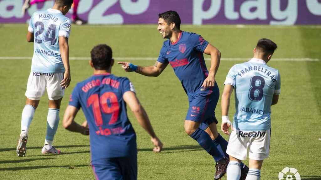 Los resultados más destacados de la 6º fecha de #LaLiga🇪🇸:  📍Sevilla, 0-1 en su visita a Granada. 📍Atlético Madrid venció 2-0 a Celta de Vigo fuera de casa. 📍Real Madrid fue sorprendido y cayó 1-0 ante Cádiz. 📍Barcelona, 0-1 vs. Getafe. 📍Valencia no pudo con Villarreal: 1-2. https://t.co/HxbXUiBSS8