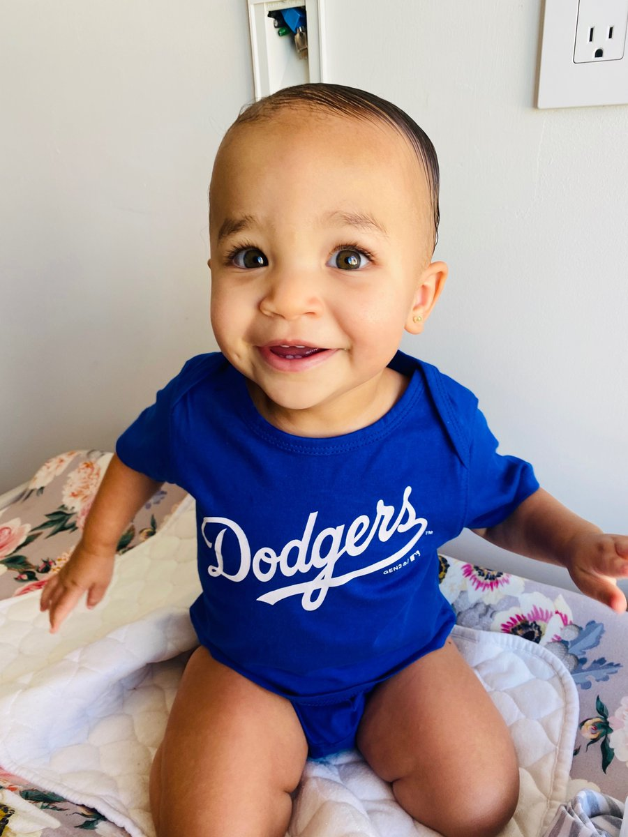 Smile real big if your team is going to the World Series!! #gododgers #sameoutfit3straightdays