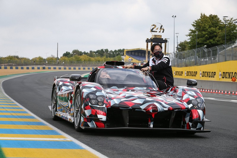 #ICYMI, the #GRSuperSport makes its public debut at #Lemans24 Circuit de la Sarthe. This is a customized development version of a road car, inspired by the #TS050HYBRID. #ToyotaGAZOORacing #Toyota #MobilityMonday, more here: https://t.co/JBxJtjxcu7 https://t.co/HHUOBkFhyU