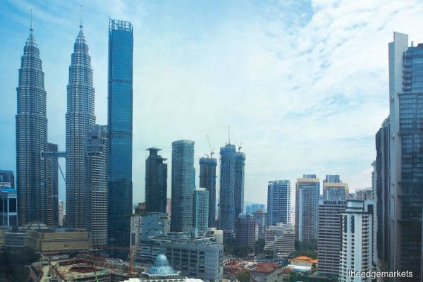 MNCs look to #KL as Asia's prime #investmentdestination, says EY #myedgeprop https://t.co/qZLPSZeEuG https://t.co/T8Yksfwuh8