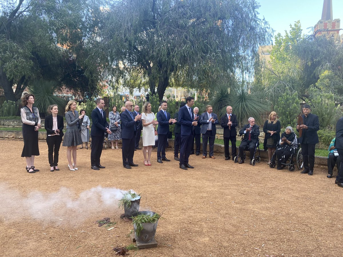 """Incoming Lord Mayor Basil Zempilas and the newly elected City of Perth council have been """"cleansed"""" in a traditional smoking ceremony outside Government house before being officially sworn into office this evening.  #perthnews https://t.co/9NU4vrkx3N"""
