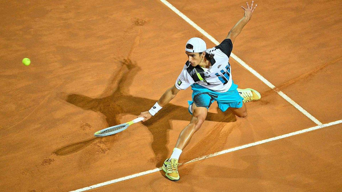 Settimane da record per Lorenzo #Musetti!   Primo giocatore 2002 a ✅ giocare i  quarti in un torneo ATP ✅ qualificarsi per una semifinale ATP  🔝 Best ranking  #123 🔝 top10 #NextGenATP   👉🏼  https://t.co/aine15krL4   #tennis https://t.co/fZDSzIzlVI