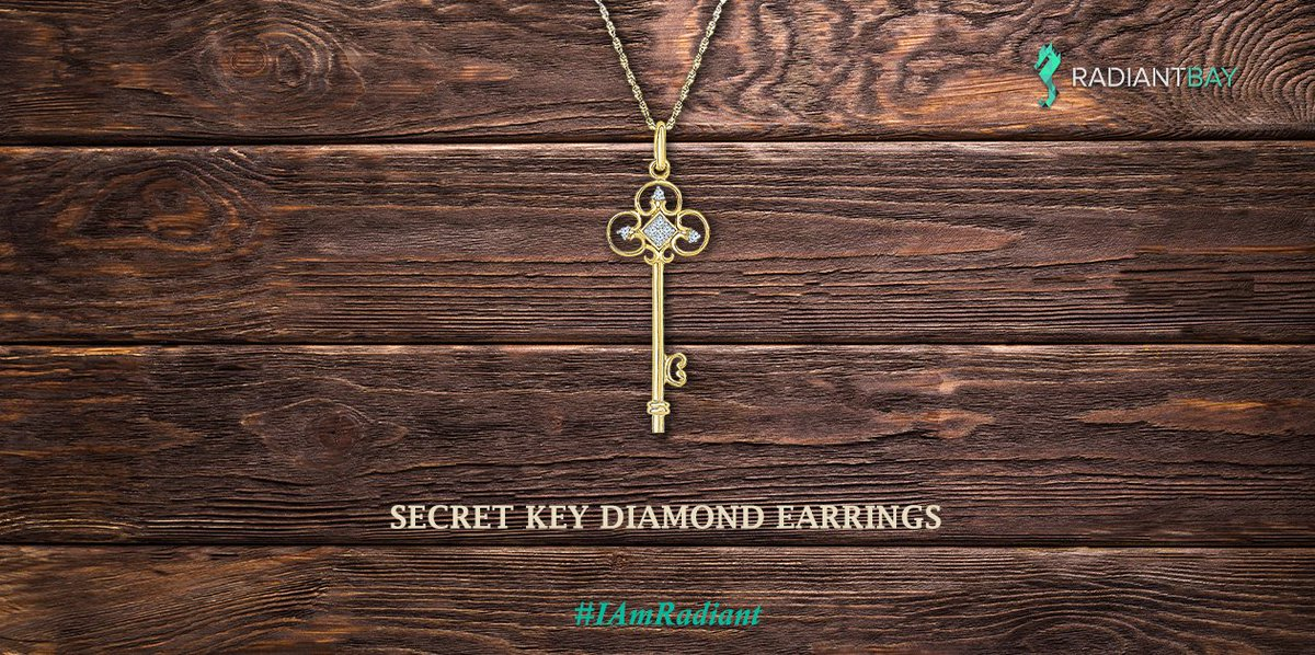 """You'll soon hear questions like:  """"Is that the key to your heart?"""" ♥️ It is fun and mysterious to wear this vintage inspired key pendant.  #vintage #vintagependant #vintagejewellery #keyjewelry #lovestory #vintagestyle #vintagefashion #charmpendant #charms #hearttouching https://t.co/hYdbD3qcCZ"""