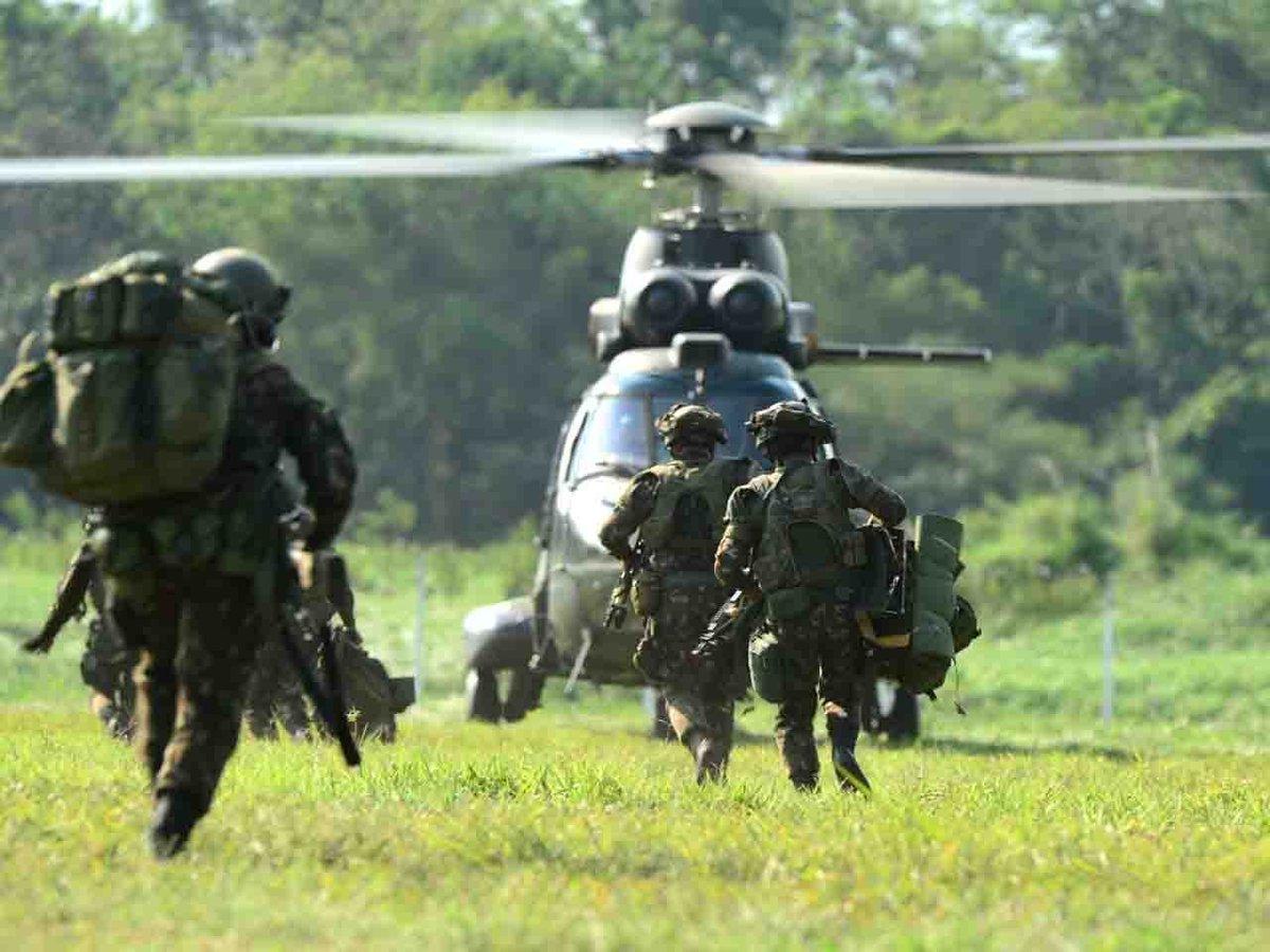 Após três meses de preparação, Força-Tarefa Ipiranga obtém certificação no Sistema de Prontidão do Exército https://t.co/HJXhmqcXgP #BraçoForte #MãoAmiga https://t.co/uOeLr9x7N5