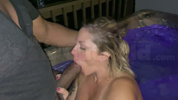 2 pic. YES that's me making sure @shanexxxdiesel enjoys the hot tub! https://t.co/lvbW3Mjm1I
