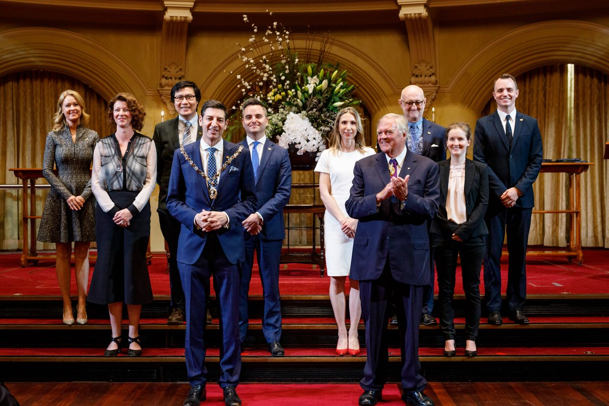 A new chapter for the #CityOfPerth was marked tonight at the Swearing-In Ceremony for the newly elected Lord Mayor, Basil Zempilas, and Councillors. https://t.co/8kezct0I96 https://t.co/IQGeotd7YE