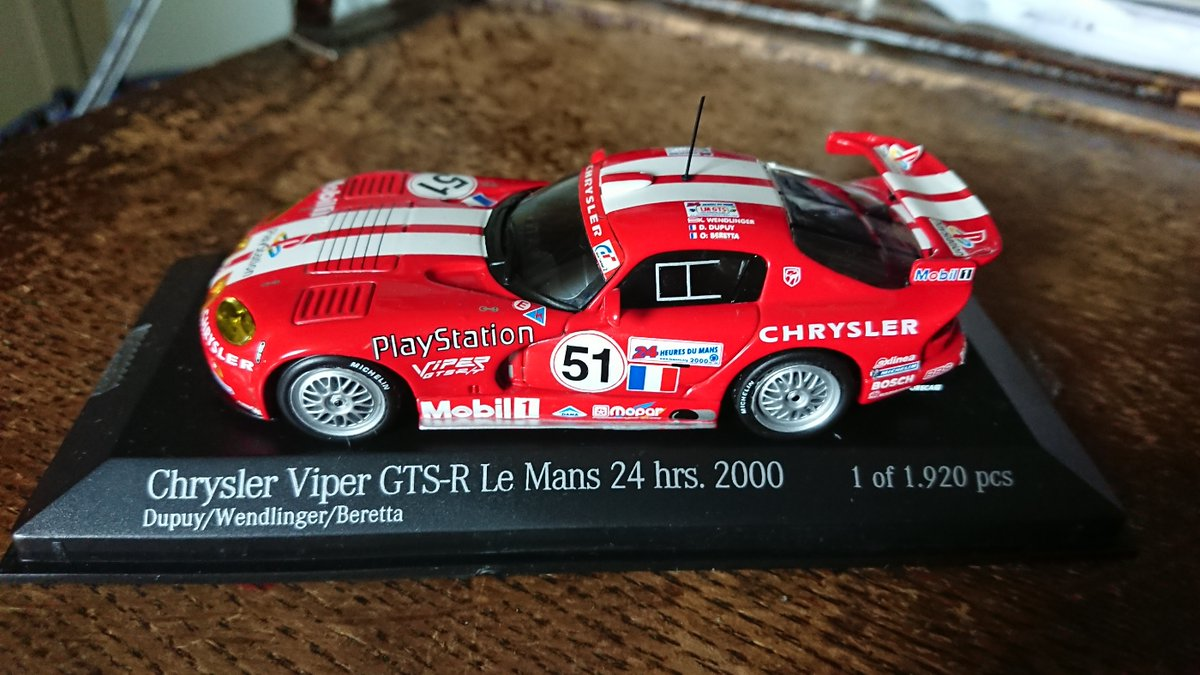 #TheCarOnMyDeskToday Chrysler Viper GTS-R  Depuy, Wendlinger, Beretta winners GTS Class #LeMans24 2000.   One of my favourite Le Mans Cars ever, I love the way this car looks in LM trim. Could be a 60s, 70s 80s, 90s, 2000s design. https://t.co/jckNSHO5EZ