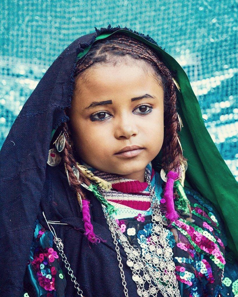 The face tell everything.  The eyes gather all beauty.   #ghat #libya  #canonphotography  #natgeo  #تصويري  #ليبيا #غات #الطوارق https://t.co/sg1HVyKk3U