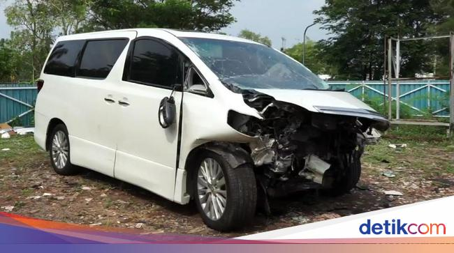 3 Fakta Tol Cipali Lokasi Kecelakaan Hanafi Rais https://t.co/YybFTvC9is https://t.co/jNACjhzl1x