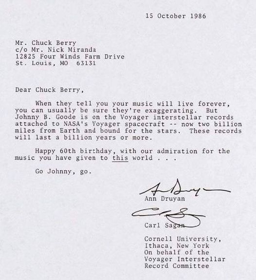 Vist a #RetroRockets.  Carta de #CarlSagan i #AnnDruyan a #ChuckBerry  #Voyager #SpaceProbe #InterestellarSpace #Rock https://t.co/h0U9N7iDoZ