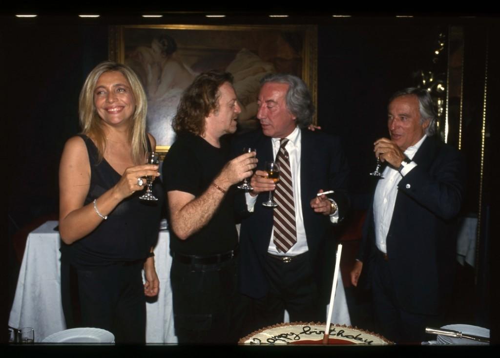 Alfredo Cerruti visto da Pizzi.   Le foto d'archivio con Carrà, Tozzi e Venier ➡️📸https://t.co/omo7yZci89 https://t.co/xBoAjOrxcq