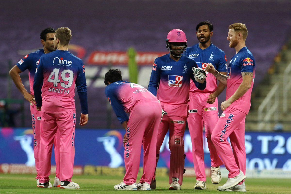 Rahul Tewatias dream #IPL2020 run continues as he picks up the wicket of Ambati Rayudu, courtesy a top-edge to Sanju Samson. #CSK 56/4 after 10 overs 🚨 Follow #IPL2020 #CSKvsRR 🏏 live: sportstar.thehindu.com/cricket/ipl/ip…