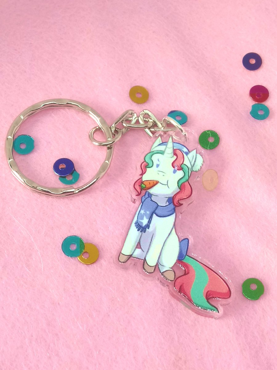 "Thanks for the kind words! ★★★★★  ""Such a cute little charm, perfect for stocking fillers or treating yourself with a little added festiveness!"" Sweetpea-and-Friends   https://t.co/295agd8NHK #etsy #white #blue #cute #unicorn #winter #keyring #keychain #chibi #pony https://t.co/KZh1EQRoyp"