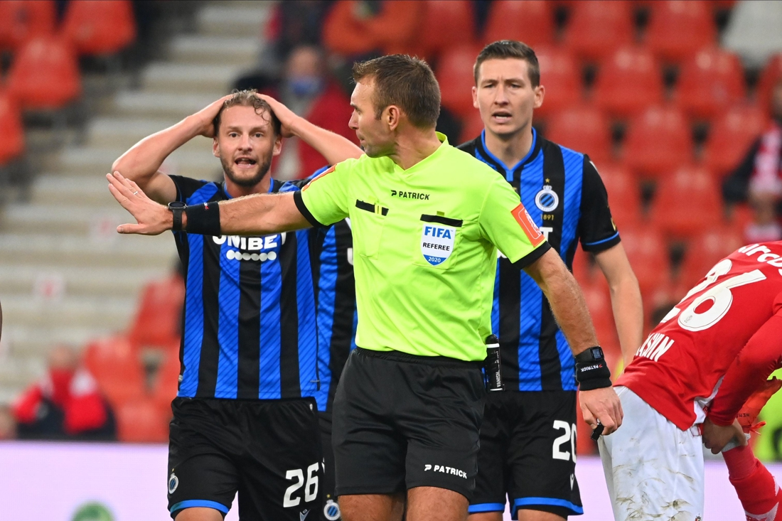 Referee Department geeft Laforge gelijk in penaltyfase tijdens Standard-Club Brugge https://t.co/7A4fze5xNi https://t.co/rRvJMi7H2O