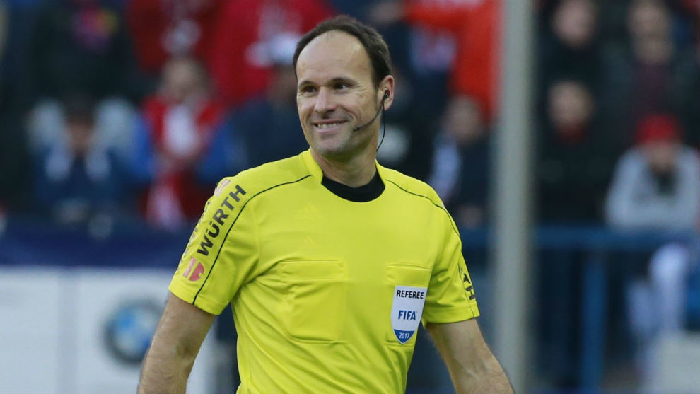 📰 — Mateu Lahoz is likely to be the referee for the game against Real Madrid on Saturday. [sport] https://t.co/RrTkZ0tln6