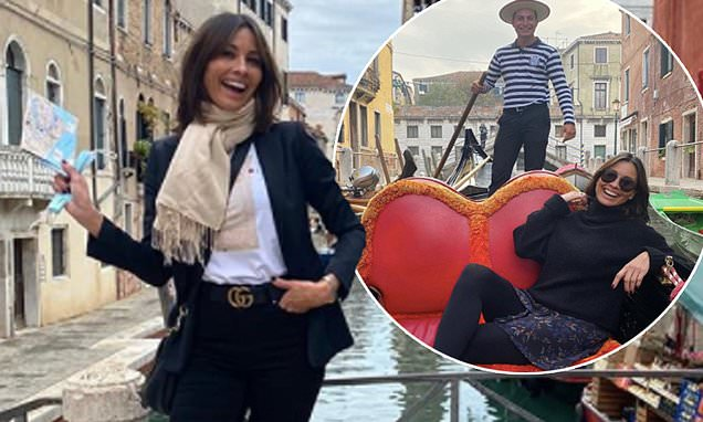 Melanie Sykes, 50, reveals 'it was difficult to care' who saw her fling with gondolier in Venice: The presenter, 50, was seen kissing the handsome young man during the trip, with her revealing she 'was experiencing so much joy, it was difficult to… https://t.co/RdaAryIWsS https://t.co/gHTOxUS4XD