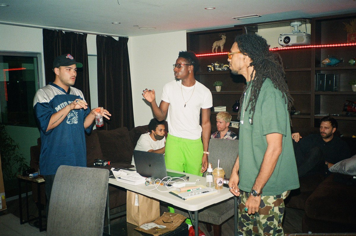 "Music is all about collaborative effort. It takes a village to make a record.   Sidebar: what books are you guys reading rn? I'm currently finishing up Napoleon Hill's ""Think & Grow Rich"" and I promise I was really reading in that photo lol."