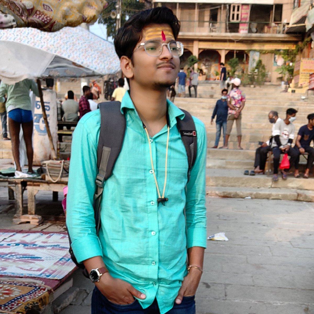 #NewProfilePic2020 #kashi #Varanasi #Hinduism #GANGA #India https://t.co/9uZKY2Unm7