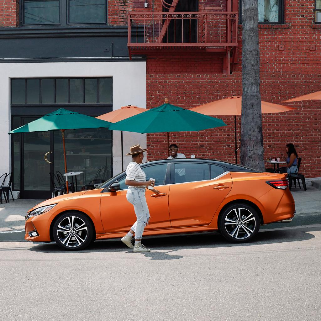 Mejora tus lunes con tu pareja en un auto llamativo. #PartnersOfProgress #AllNewNissanSentra https://t.co/4qS0DRsG7t
