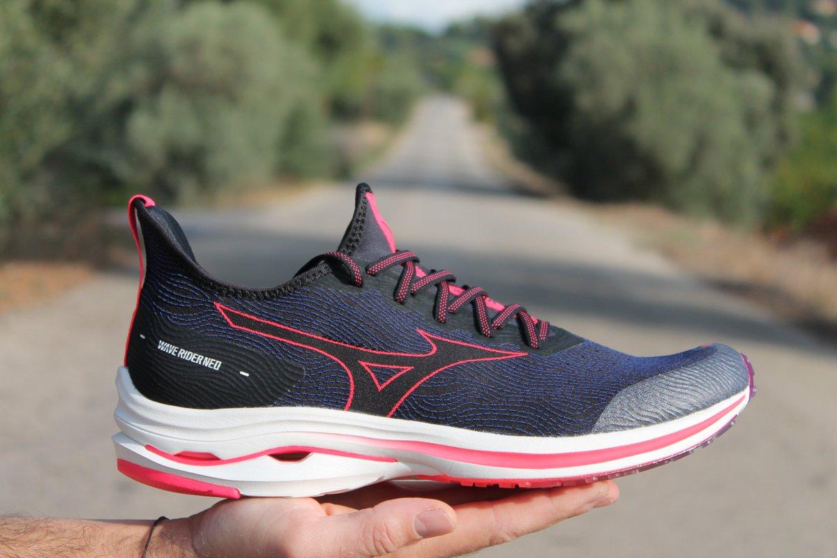 La Wave Rider Neo te ofrece todo lo que le puedes pedir a una zapatilla de running 💯 La tecnología MIZUNO ENERZY proporciona máxima comodidad, amortiguación y un retorno de la energía, mientras que la lengüeta y el upper garantizan un ajuste perfecto. #Running #MizunoRunning https://t.co/Zs8I9HALGe