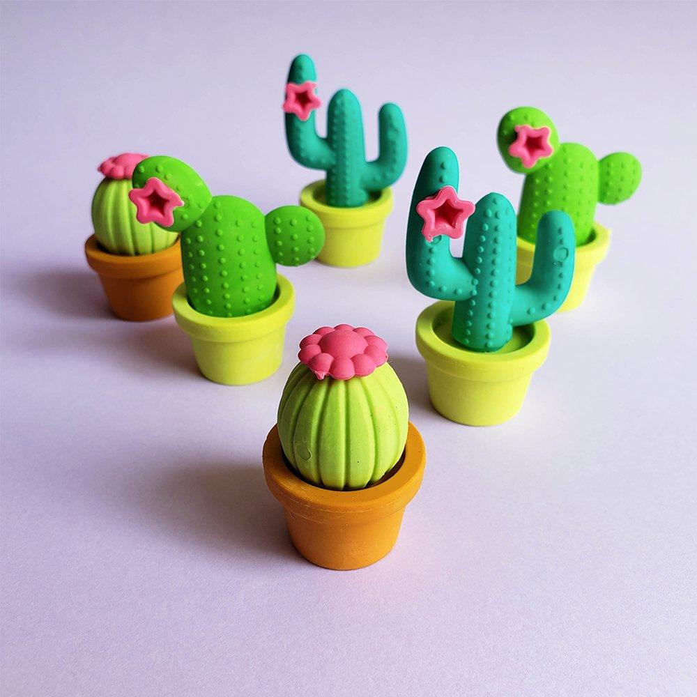 Sobre as borrachinhas Cactus: Na dúvida, fique com todas! 😍🌵   #tilibra #tilibra2021 #papelaria #emcasacomTilibra #materialescolar #borracha #cactus https://t.co/Dh2UvO4204