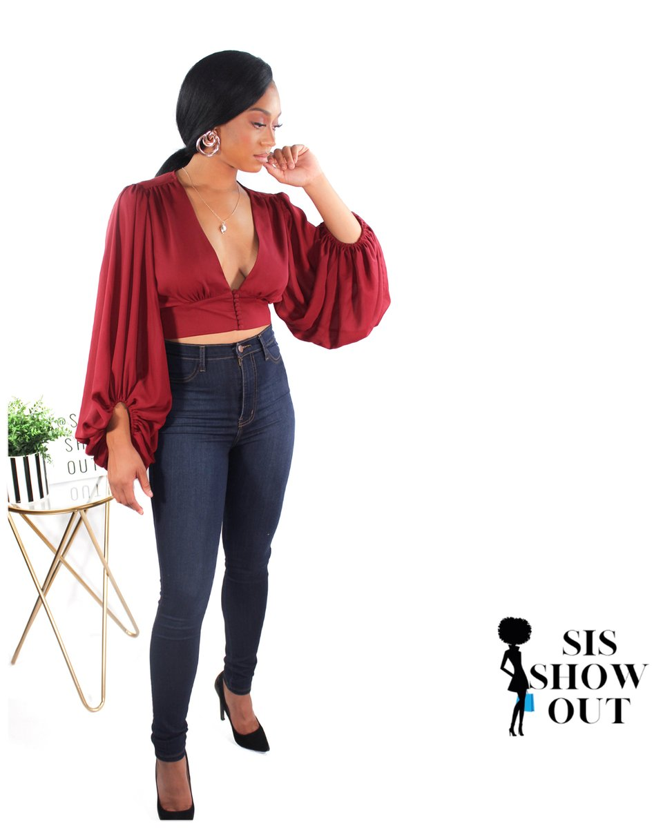 It's the pants and top combo for me 😍  💫  💫  #fashionbombdaily #2020fashion #fashionmagazine #instyle #cosmopolitan #allure #glamour #affordablefashion #fashiononabudget #fadhionaddicts #cutetops #ootd #styleoftheday #outfitgoals #buyblack #urbanstyle #everydaylooks #d https://t.co/qpCjYJjcIN