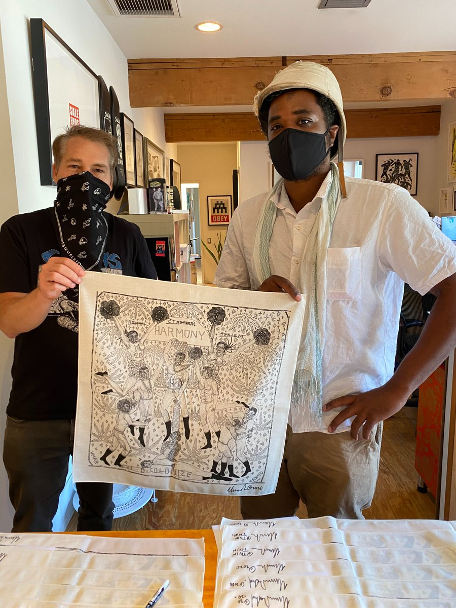 I was thrilled to get together (safely) w/ Umar Rashid & Victoria Cassinova to sign the bandanas we designed for #ArtistsBandTogether. You can now get the SIGNED, bandana collection here: https://t.co/0gLQiTaUvo until 11/1. Proceeds go to @risefreeorg, @conmijente and @wokevote! https://t.co/6R8d6YCJxa