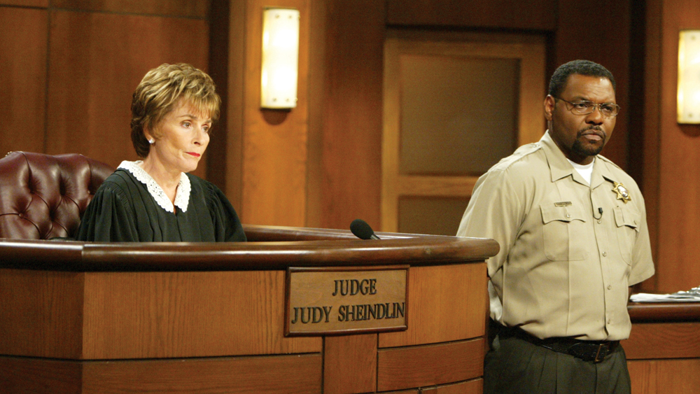 An hour of @JudgeJudy is coming up at 3:30! And at 4, a #woman takes in a friend and her #children only to discover that she allegedly has #alcohol and #drug #issues; she sues her for stealing her car.  #JudgeJudy⚖️ https://t.co/cMKmJXdLVN
