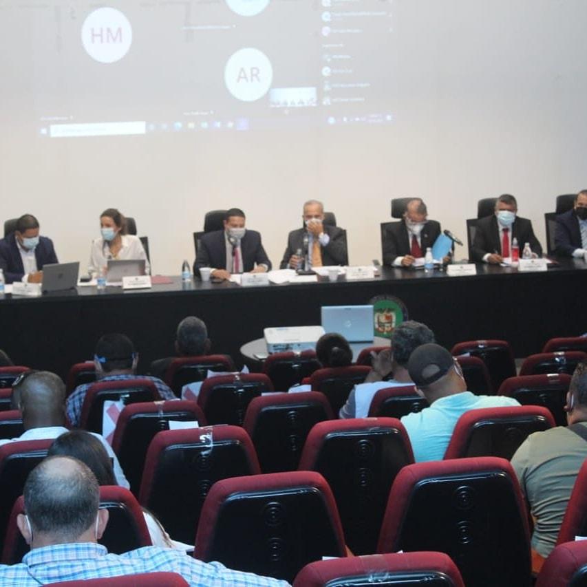Proyecto de Ley N°131 que regula la pesca, la acuicultura y las actividades conexas en Panamá, será nuevamente el debate principal en la Comisión de Asuntos Agropecuarios de la Asamblea el próximo 22 de octubre.   #RPCRadio #Panama #Pty #Noticias https://t.co/4gBLzjNMbC