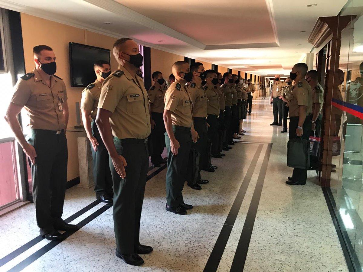 Estágio supervisionado da Escola de Formação Complementar do Exército e da Escola de Saúde do Exército https://t.co/ptnQoHBTOm #BraçoForte #MãoAmiga https://t.co/u7J73j0zAb