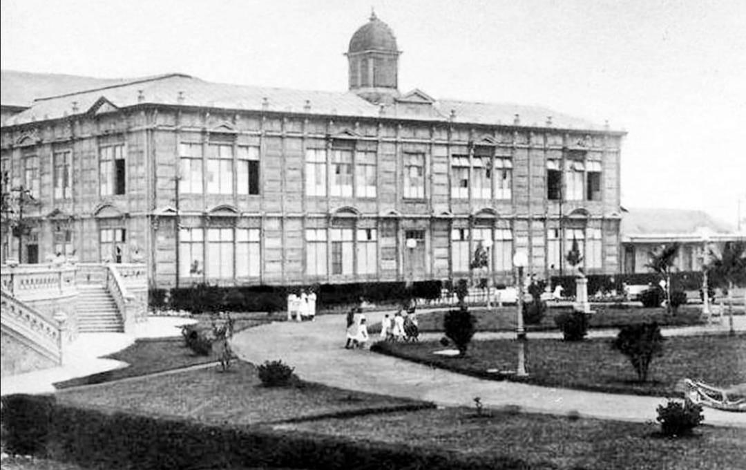 """Costa Rica on Twitter: """"Edificio Metálico, el cual fue ensamblado en Costa  Rica en el año 1896, pero construido en Bélgica. Foto de 1929  #historiacostarricense… https://t.co/I4CNoHzM3a"""""""