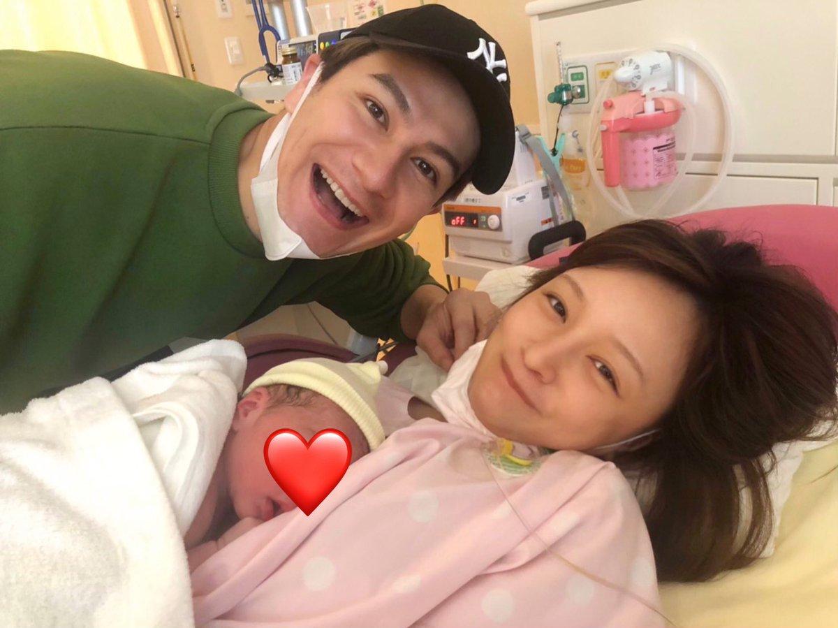 test ツイッターメディア - 2020.10.19  3306gの元気な女の子を 無事出産いたしましたことを ご報告させて頂きます☺️❤️ https://t.co/PKmlZhULeE