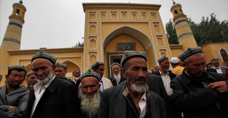 """Don't be sad. Allah is with us."" (Quran 9:40)  #EastTurkistan #EastTurkestan #Uyghurs #Kashmir #Syrie #syria #Arakan #Rohingya #Yemen #Iraq #Azerbaijan #Somalia #Africa #india #Palestine #Quds #Gaza #Idlib #taiz https://t.co/mJjeGvEvRo"