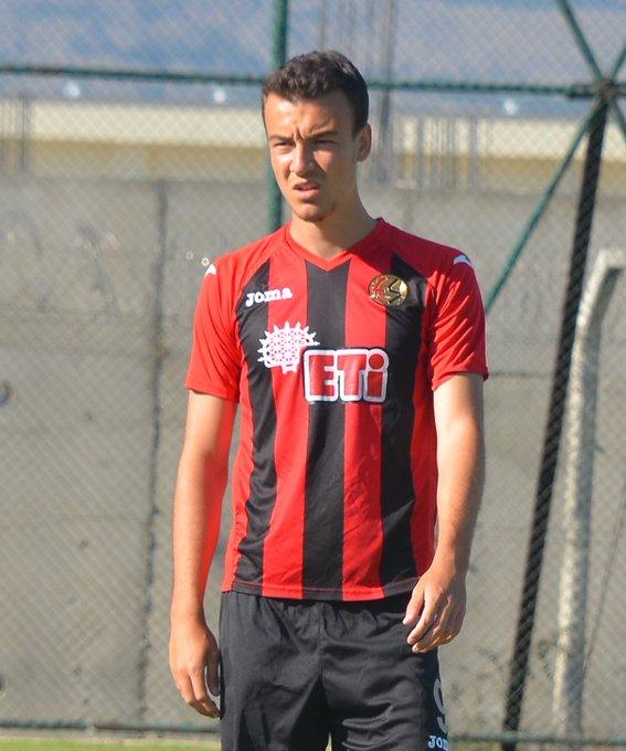 Eskişehirspor'da 5 yıllık imza