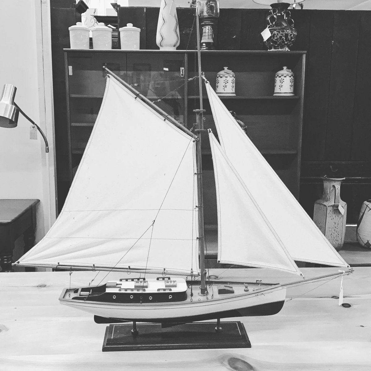 If your dreaming of sailing away then we might just have the thing! Open 10-5 #sailing #sailaway #decorative #model #astraantiquescentre #hemswell #lincolnshire https://t.co/KOYBpVZIq3