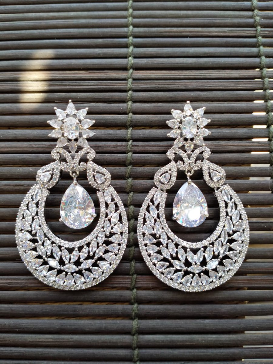 RT @USWebStore1: 2850/- Excluding Delivery  #jewelrylovers #jewelrytrends https://t.co/lt5991ROhP