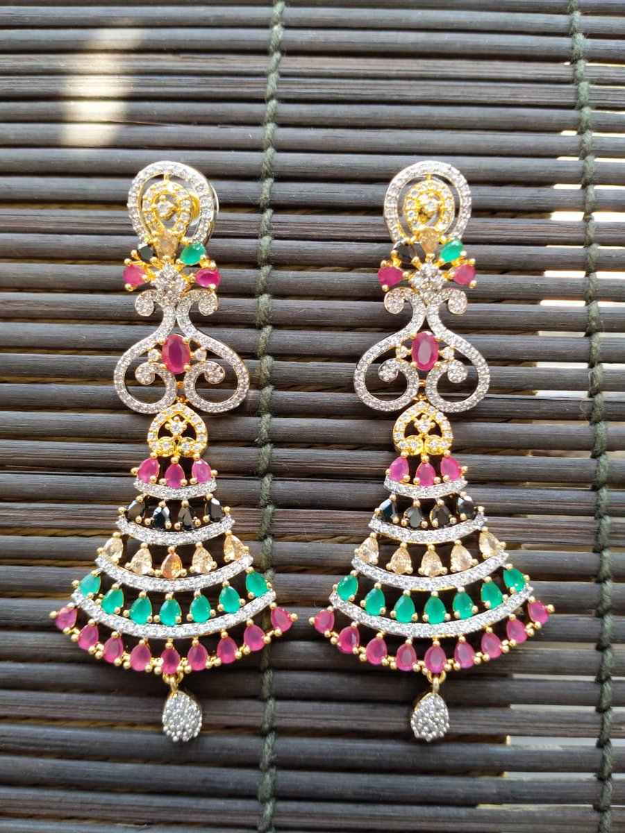 RT @USWebStore1: 2650/- excluding delivery  #jewelrylovers #jewelrytrends https://t.co/Y6gjL2einl