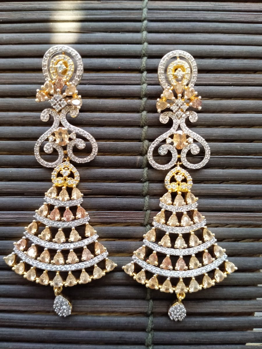 RT @USWebStore1: 2650/- excluding delivery  #jewelrylovers #jewelrytrends https://t.co/rFBmOMXpSI